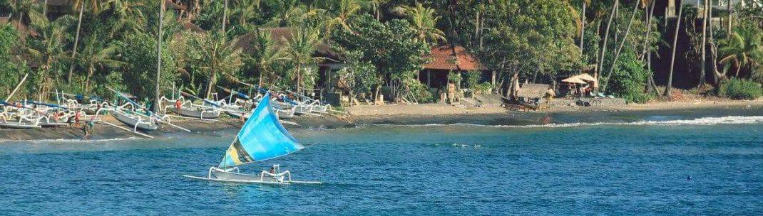 Amed Beach-featured