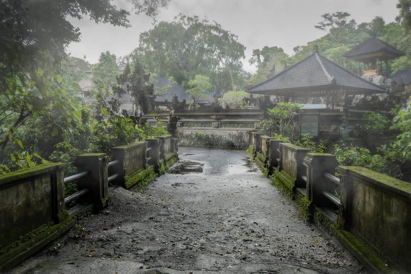 Gunung Lebah Temple 10