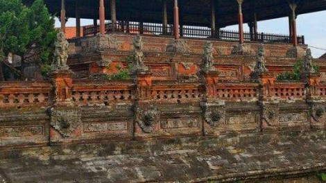 Klungkung Royal Palace-featured