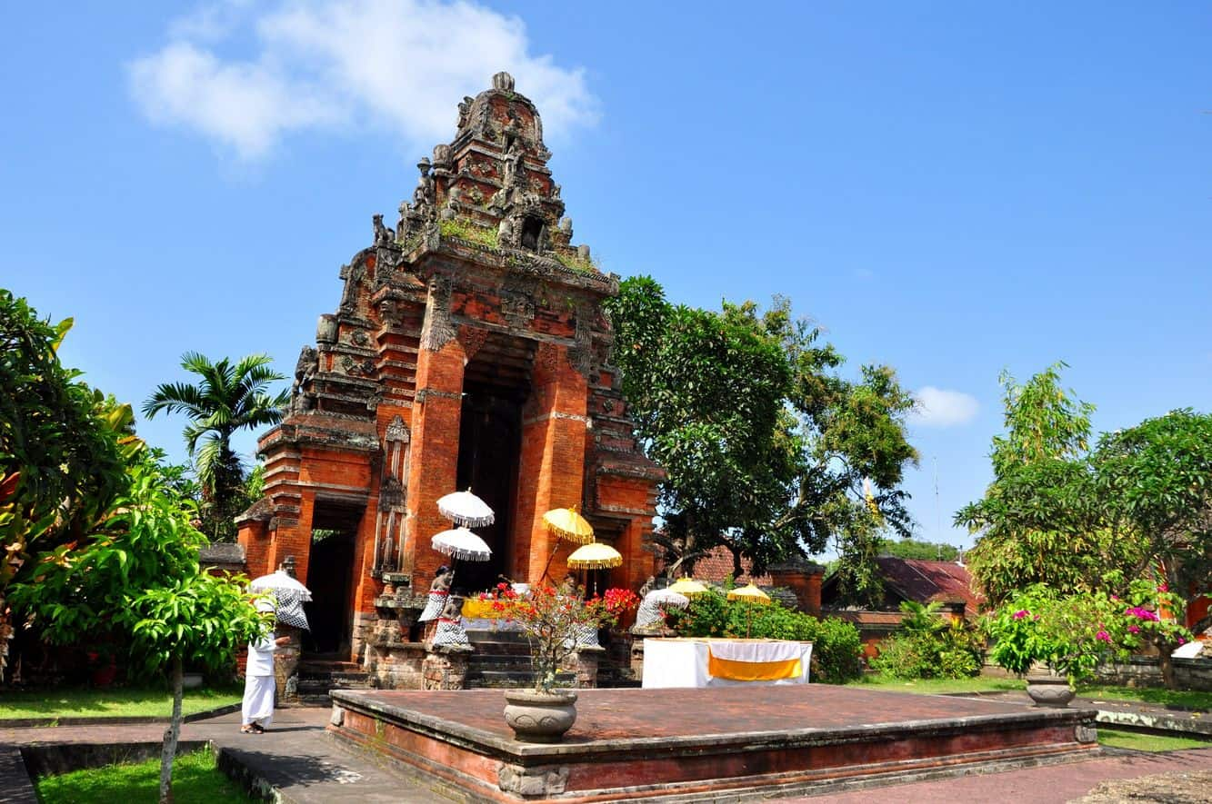Klungkung Temple 01