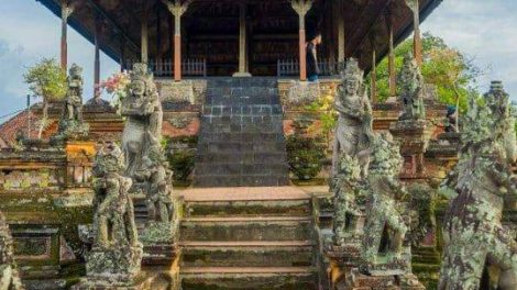 Klungkung Temple-featured