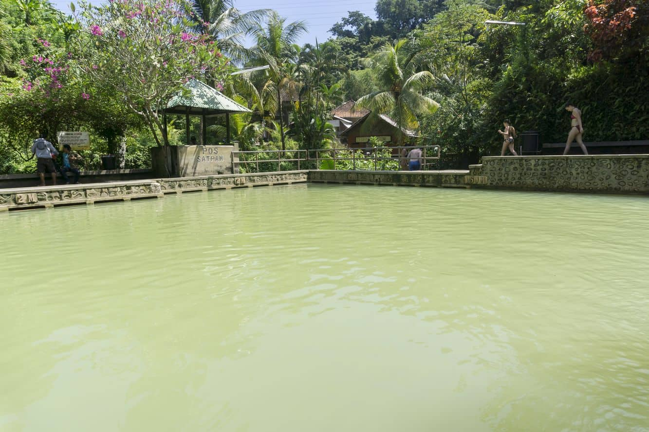 Banjar Hot Springs 04