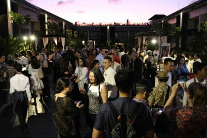 Filmmakers-influencers-and-festival-friends-gather-at-Opening-Night